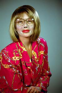 Foto 08-cindy-sherman-self-portraits-series-untitled-no-396-2000