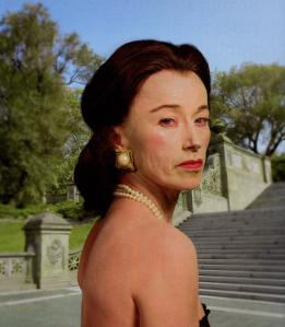 Foto 23-cindy-sherman-self-portraits-series-untitled-2008-heavy-cosmetics-makeup