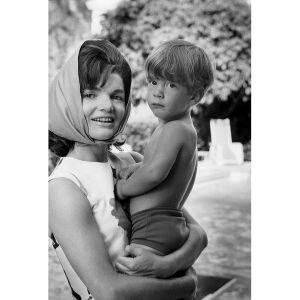 Foto 28-Jackie and John Jr. Palm Beach, 1963